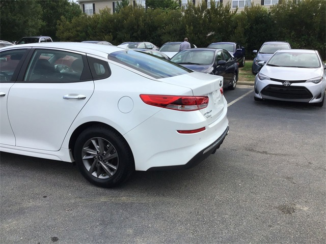 Pre-Owned 2020 Kia Optima LX